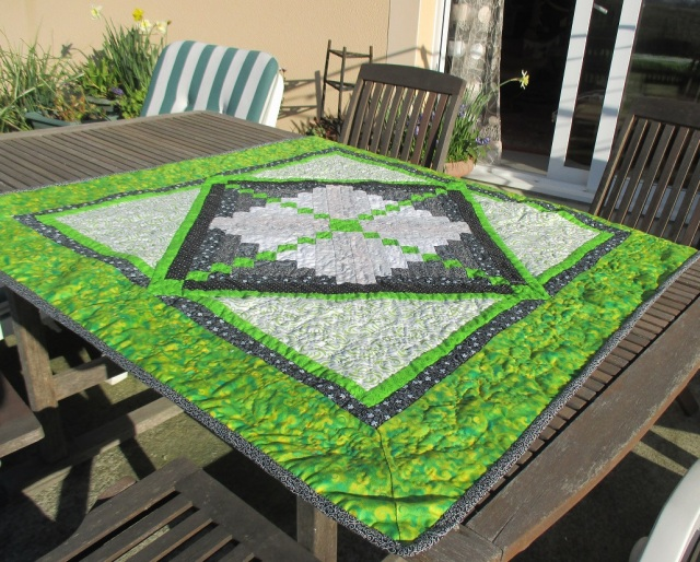 9.4.15 green and black quilt 2